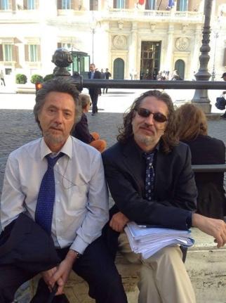 Andolina e Vannoni davanti Montecitorio