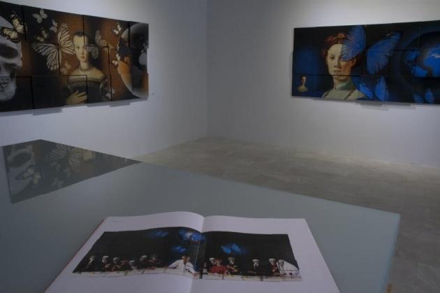Alcune delle opere di Marco esposte in una mostra ad Istanbul