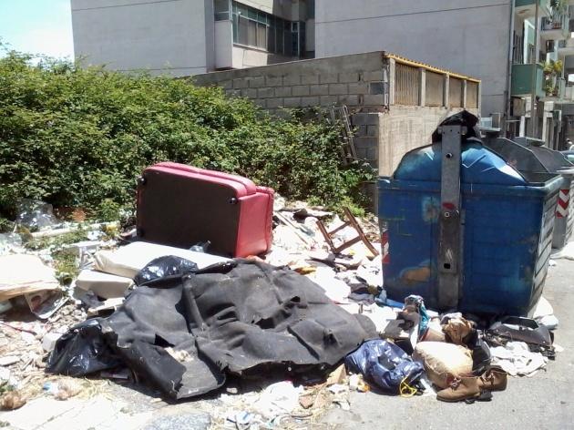 Emergenza rifiuti a Messina
