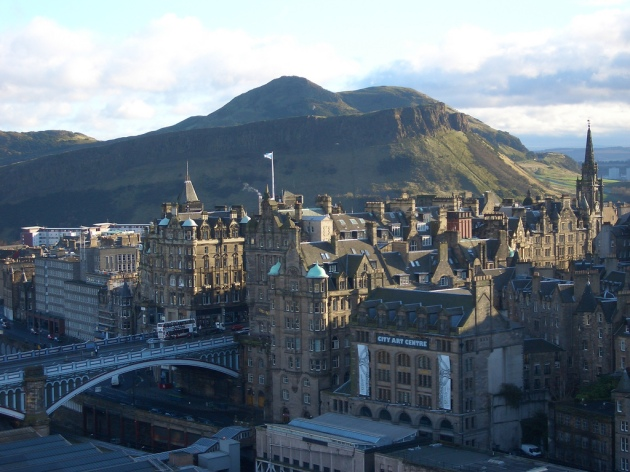 View_from_Scott_Monument