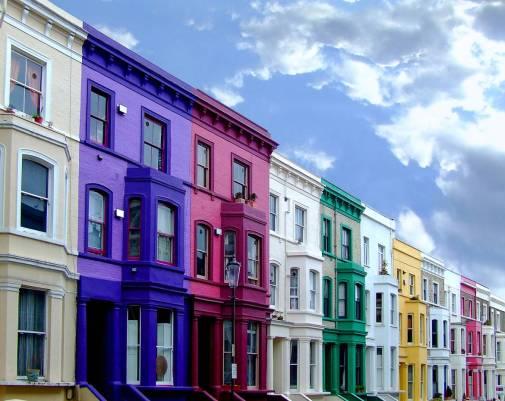 Londra-consigli-regole-di-comportamento-casette-di-città-colorate.jpg